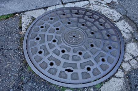Manholes_01