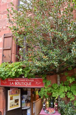 Larouge_19
