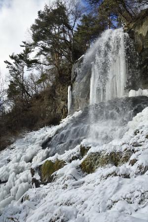 Icefalls_01